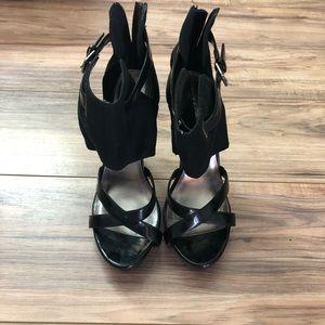 Size 9 black Heels 👠